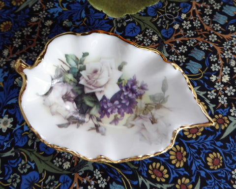 Royal Patrician Leaf Shape Tea Bag Caddy White Roses Violets England Bone China - Antiques And Teacups - 1