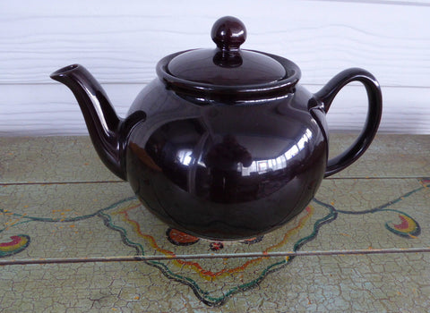 Brown Betty Teapot English Made Pristine Large 1980s Shiny Glaze Pottery - Antiques And Teacups - 1