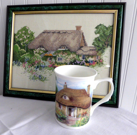 Charming Mug English Thatched Cottage And Garden English Bone China New - Antiques And Teacups - 1