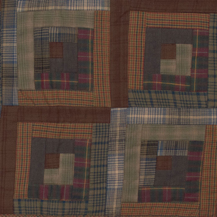 Frontier Log Cabin Quilt by Retro Barn