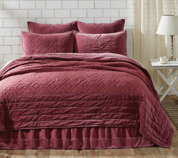 Eleanor Mauve Quilt