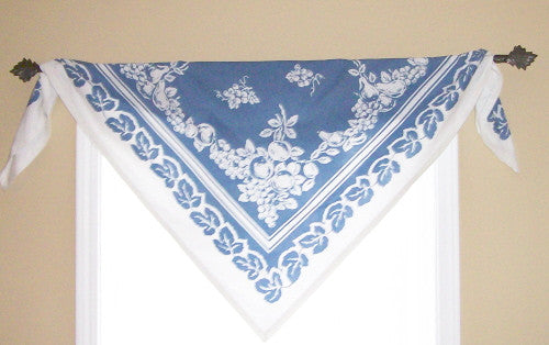 Tablecloth As Valance