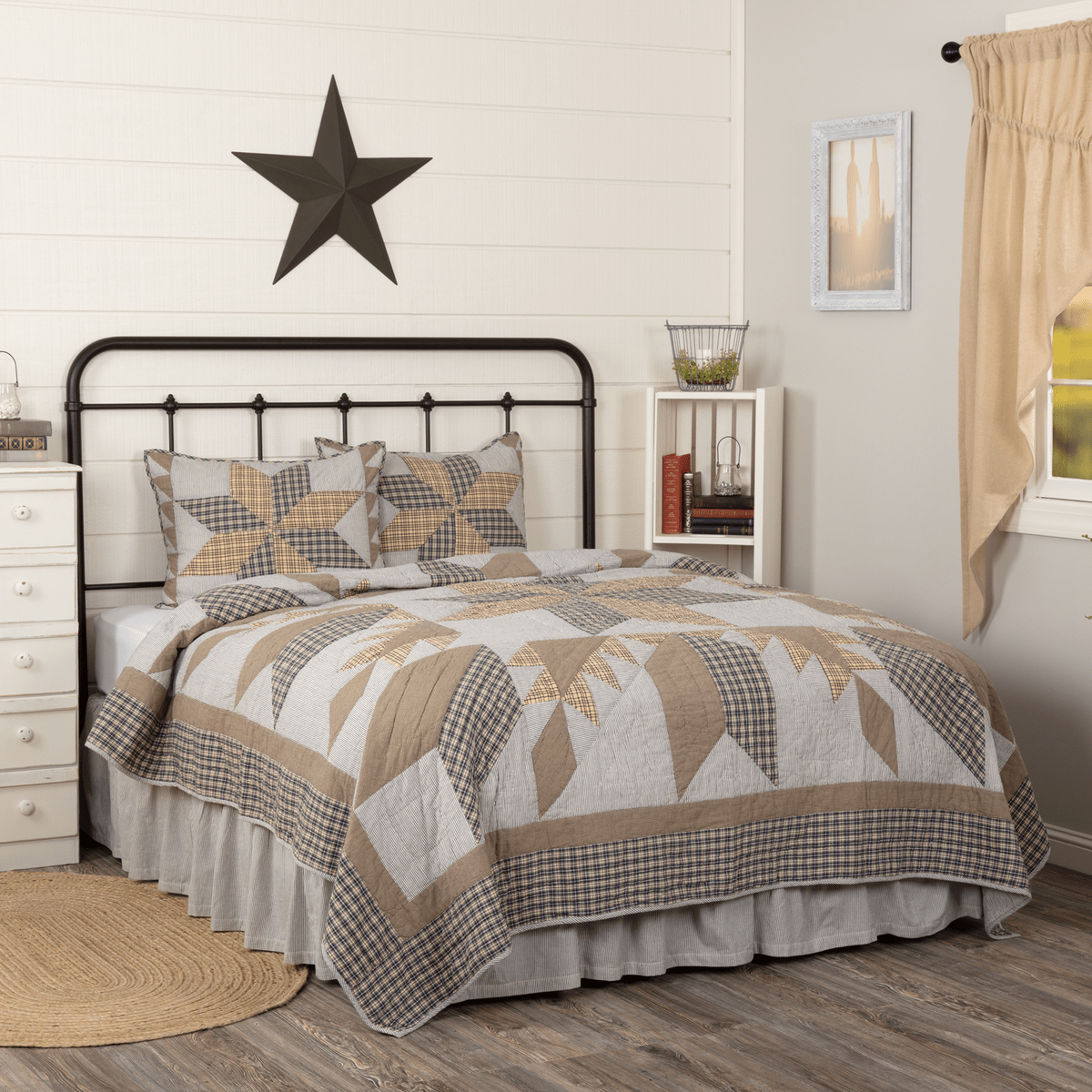 Colorful Farmhouse Bedding Ideas Retro Barn Country Linens