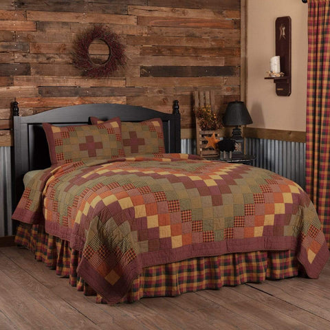 Heritage Farms Quilt Set