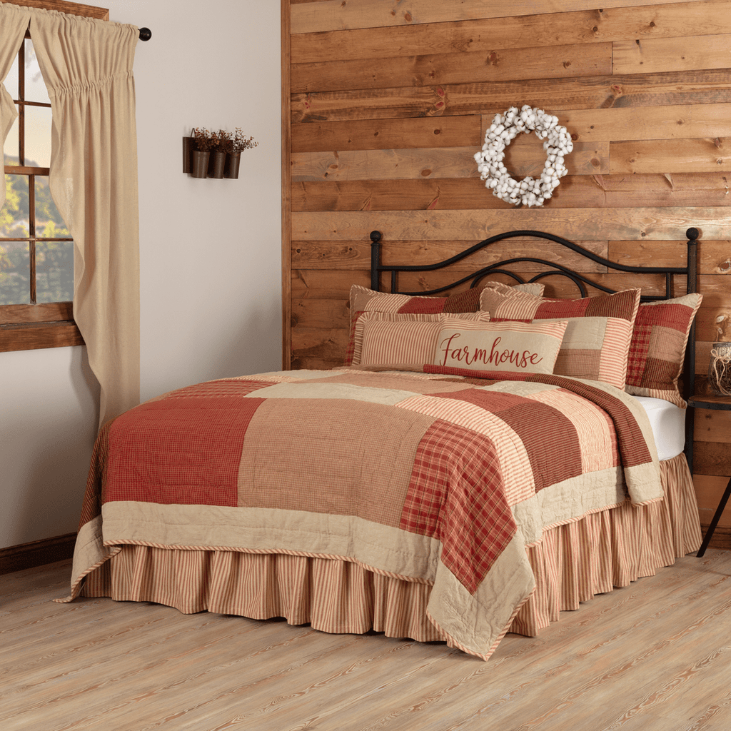 Rory Schoolhouse Red Quilt
