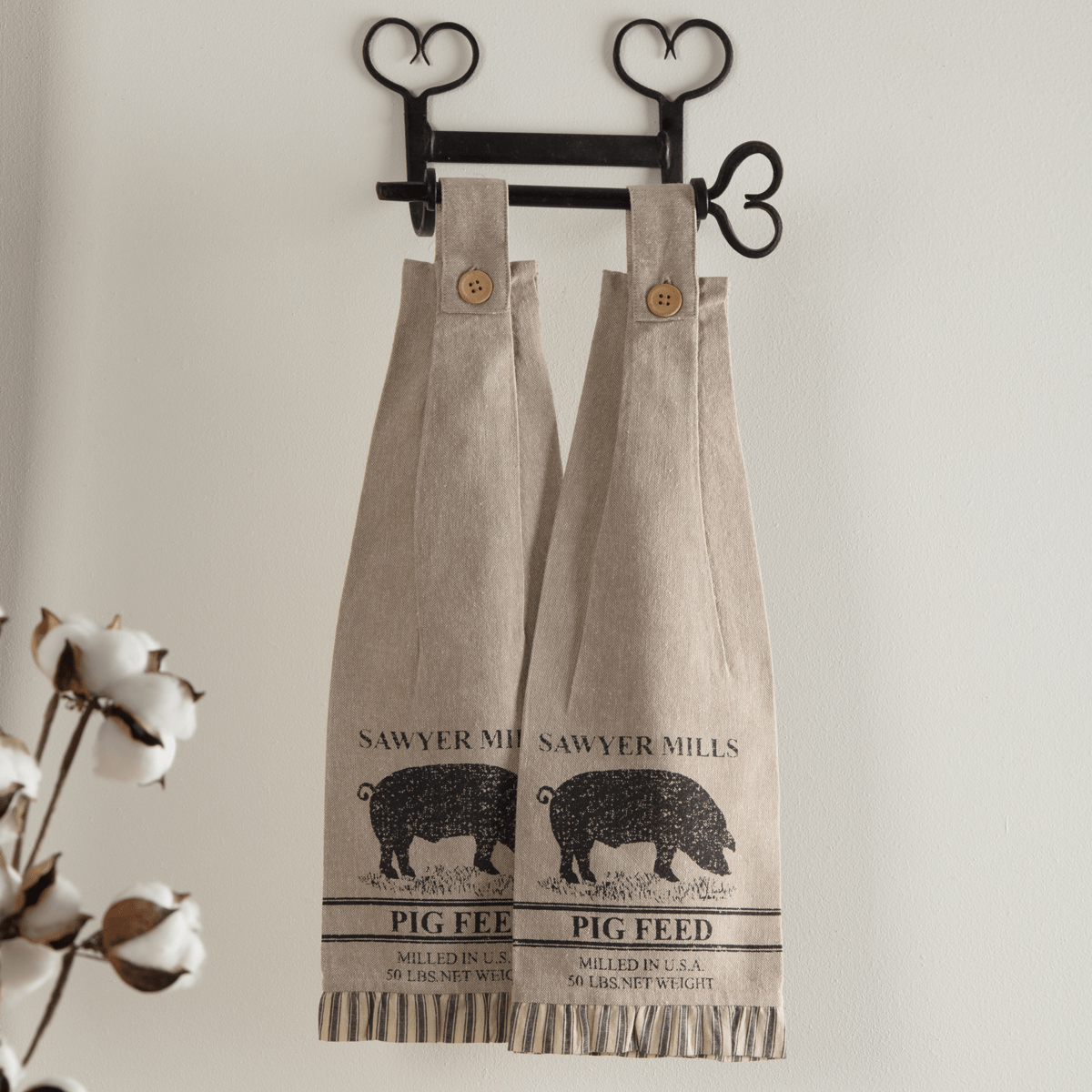 Sawyer Mill Button Loop Kitchen Towel Set Pig Retro Barn Country Linens