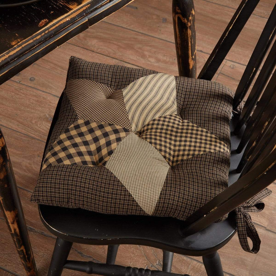Farmhouse Star Quilted Chair Pad