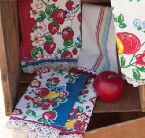 Berries Jubilee Towel Set - Retro Barn Country Linens - 3