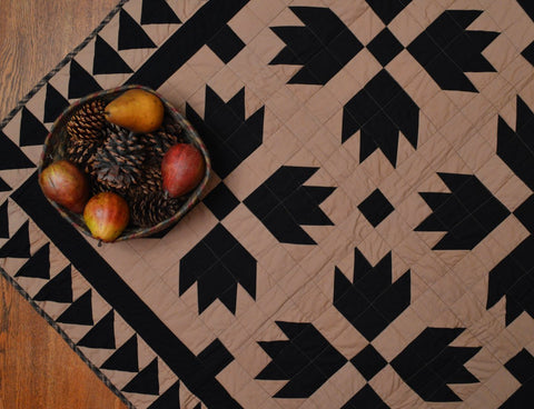 Black Bear's Paw Mini Quilt Table Topper