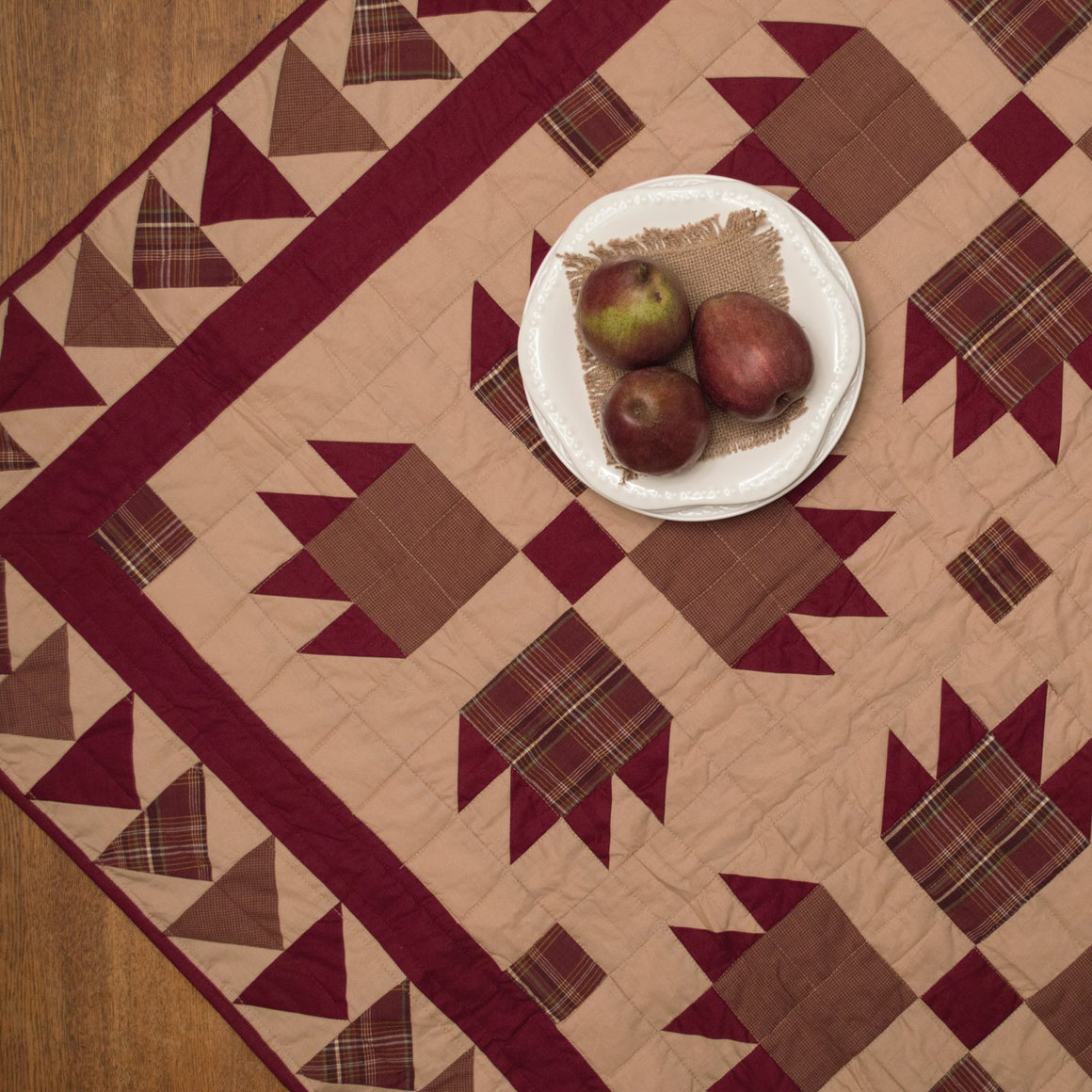 Burgundy Bear's Paw Mini Quilt - Table Topper/ Wall Hanging