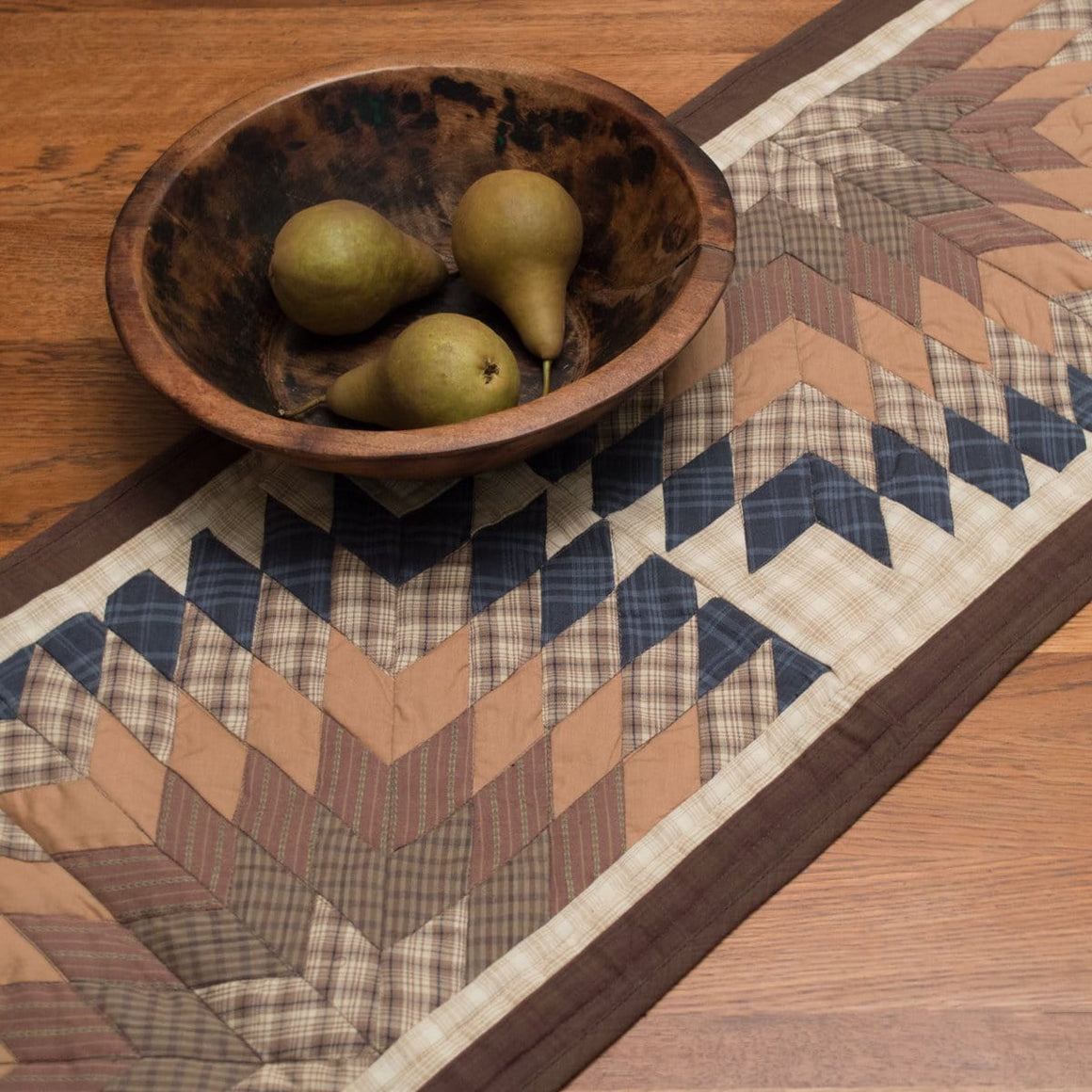 Cody Lone Star Table Runner