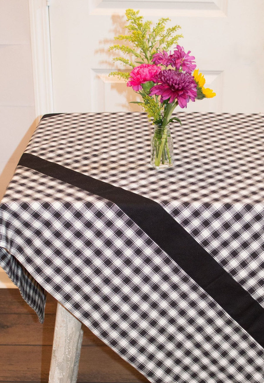 Farmhouse Check Tablecloth