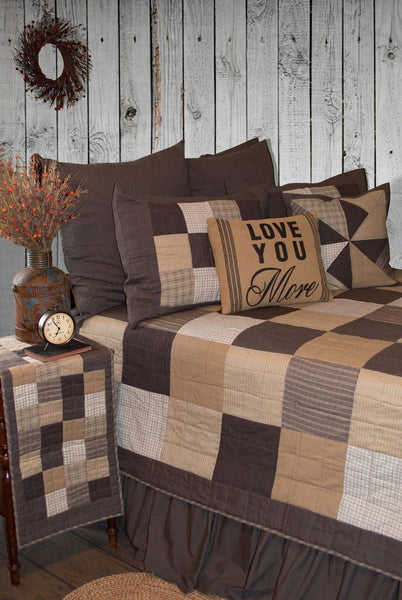 Fieldstone Patchwork Quilt Retro Barn Country Linens
