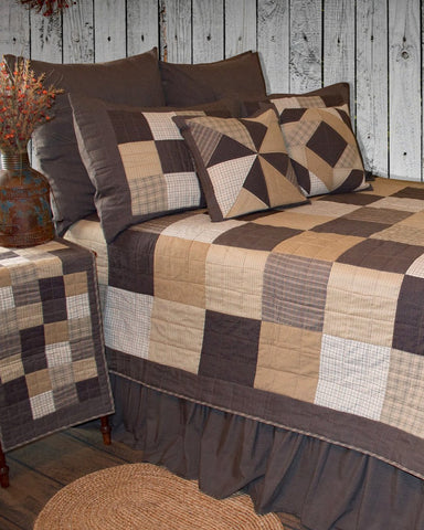 Fieldstone Roughhouse Quilt