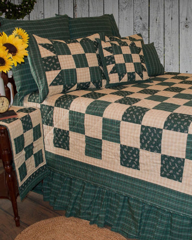 Hannah Ninepatch Roughhouse Quilt