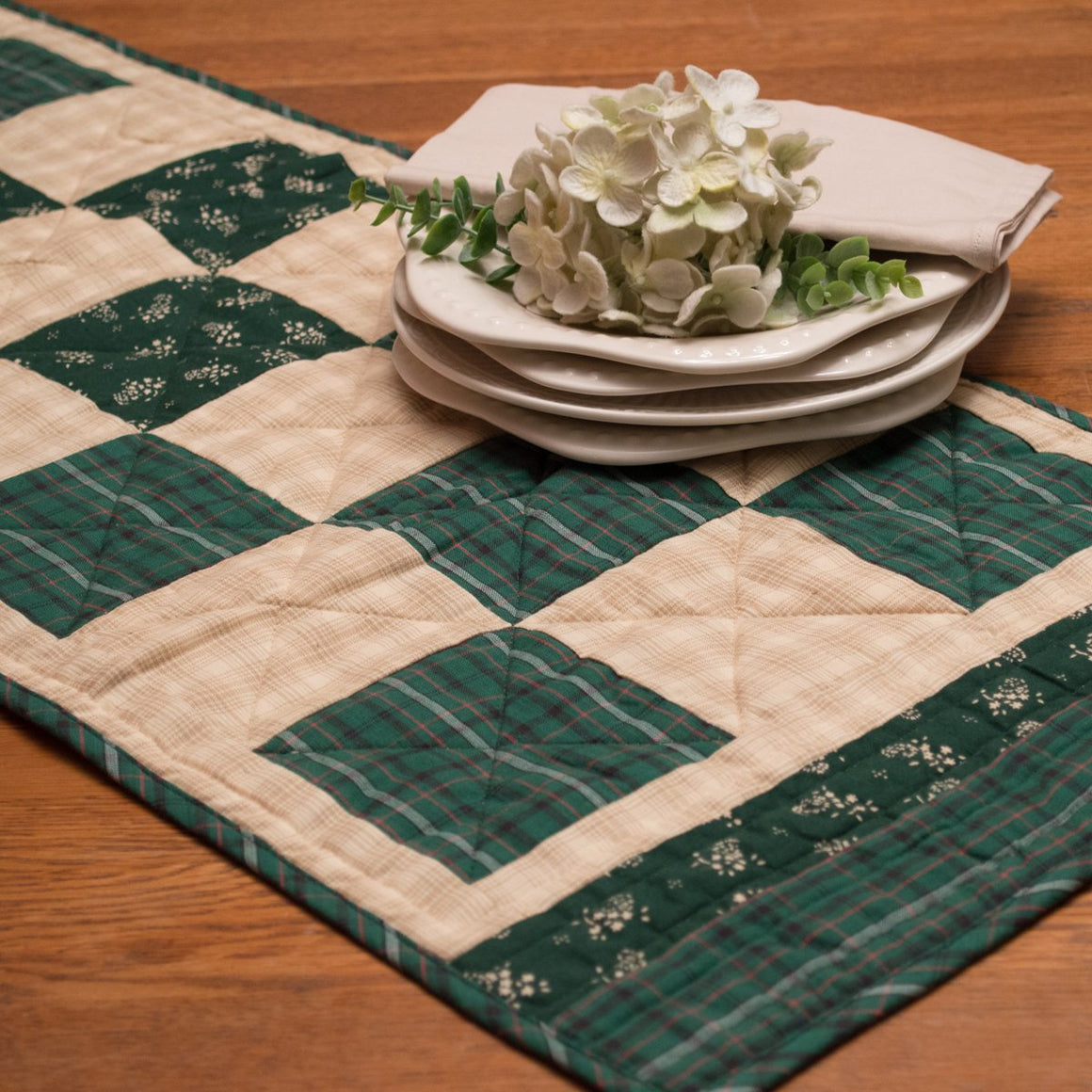 Hannah Table Runner