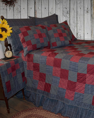 Huckleberry Hill Roughhouse Quilt