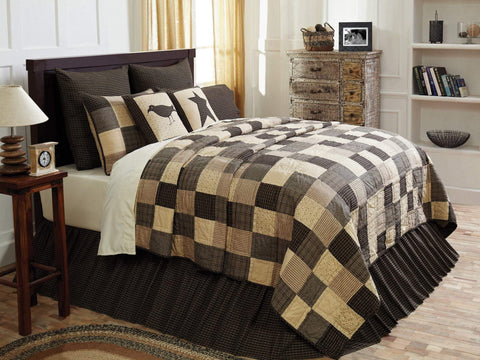 Kettle Grove Quilt - Retro Barn Country Linens - 1