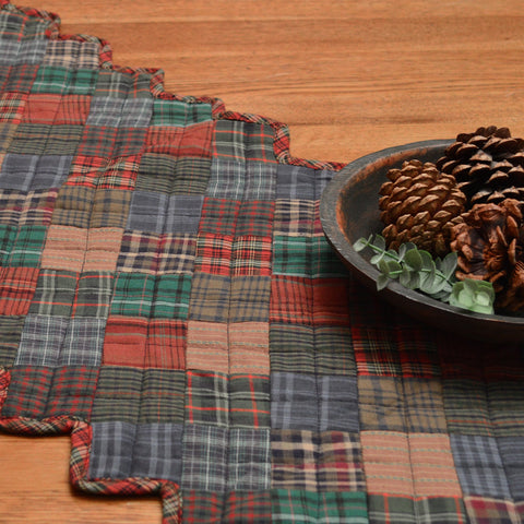 Lincoln Plaid Rustic Table Runner