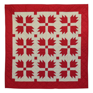 Red Bear's Paw Mini Quilt - Hand Quilted Table Topper / Wall Hanging
