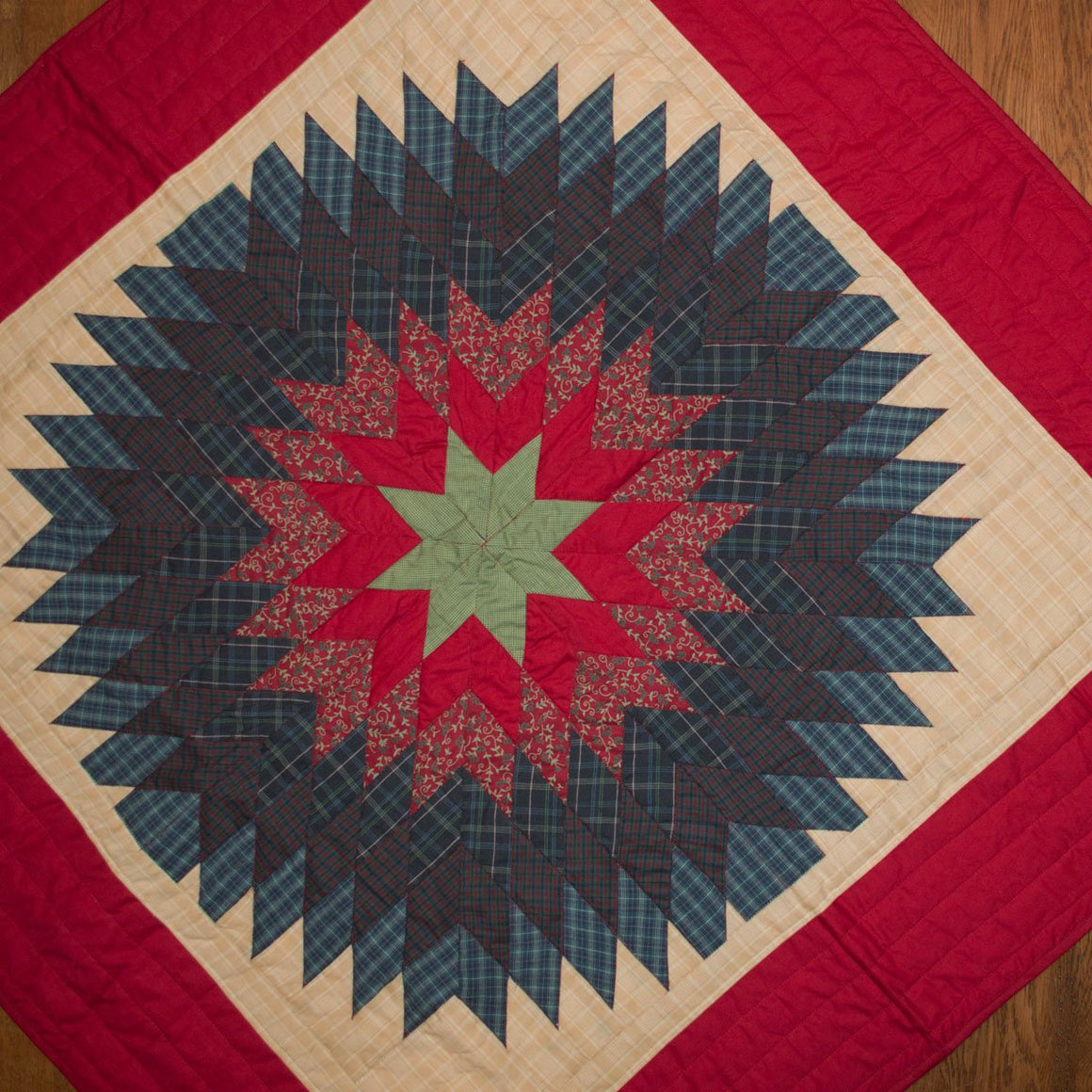 Treasured Star Mini Quilt - Table Topper / Wall Hanging