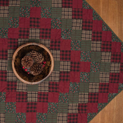Winterberry Mini Quilt by Retro Barn