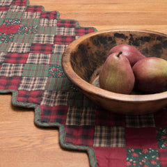 Winterberry Table Runner