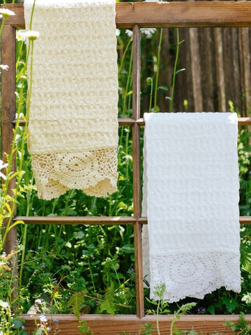 Crochet Trimmed Tea Towel - Retro Barn Country Linens