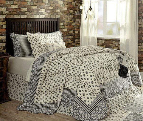 Elysee Quilt - Retro Barn Country Linens - 1