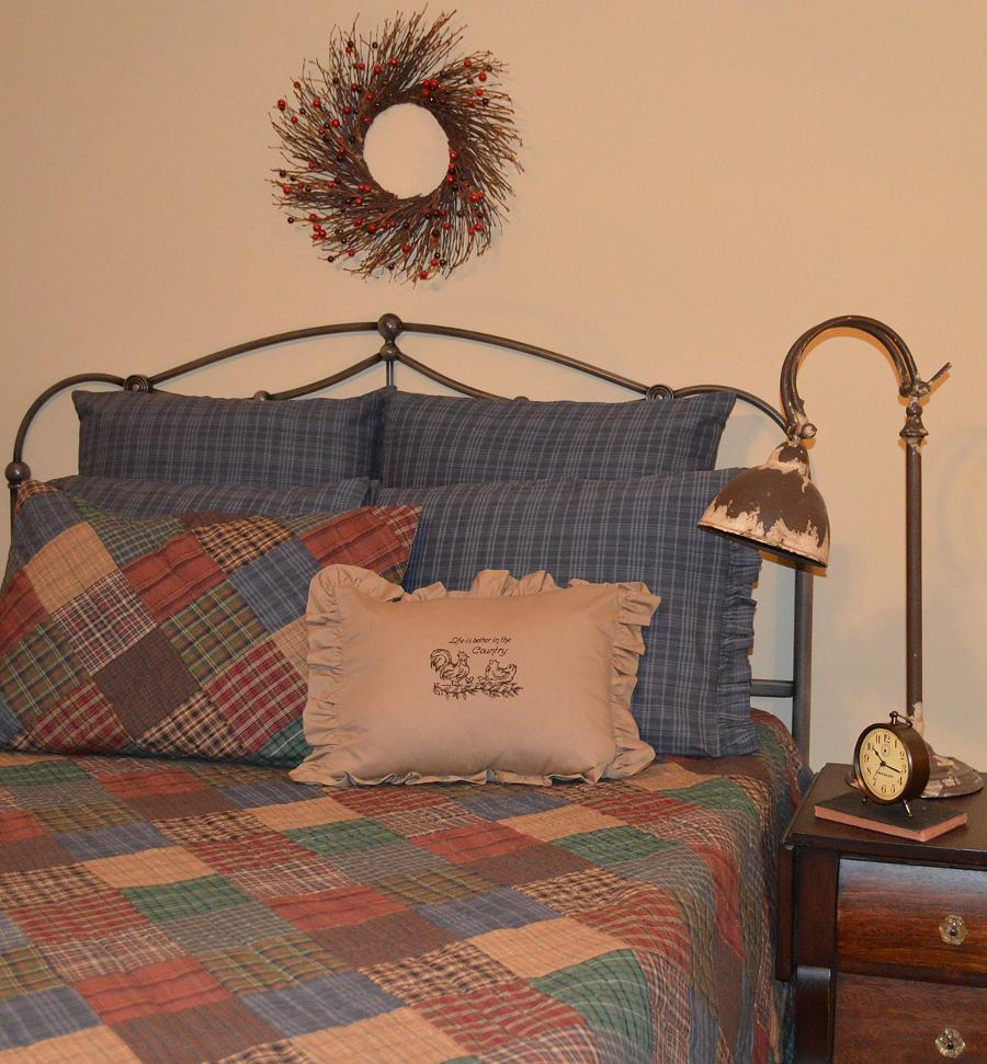 Rustic Quilted Bedspread Lincoln Plaid Retro Barn