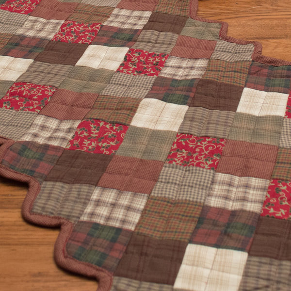 Rosewood Quilted Table Runner Retro Barn Country Linens