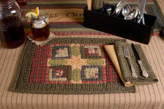 Tea Cabin Quilted Placemat Set - Retro Barn Country Linens