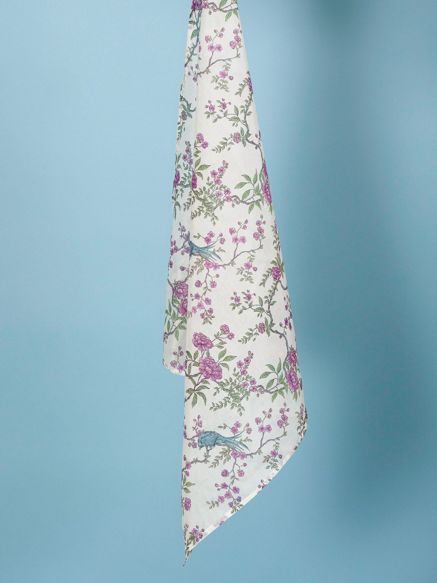 Square Scarf in Ornithes Voile