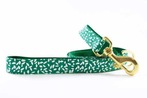 Green Leaves Leash