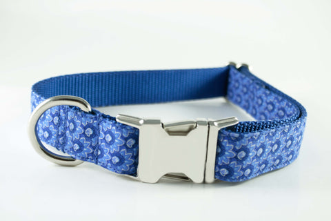 Royal Blue Silver Flowers Collar