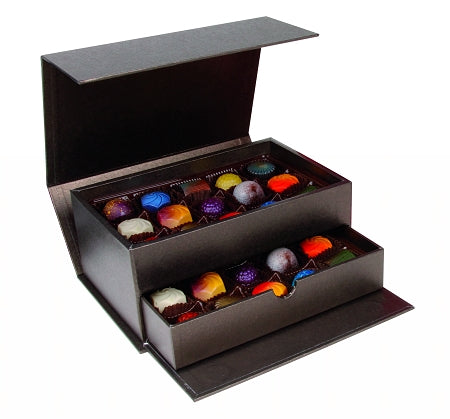 24 Piece Bonbon Luxurious Gift Box - 2 Chicks with Chocolate