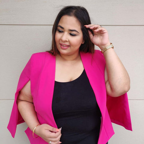 Curvy Princess in our Kirsten Cape in pink