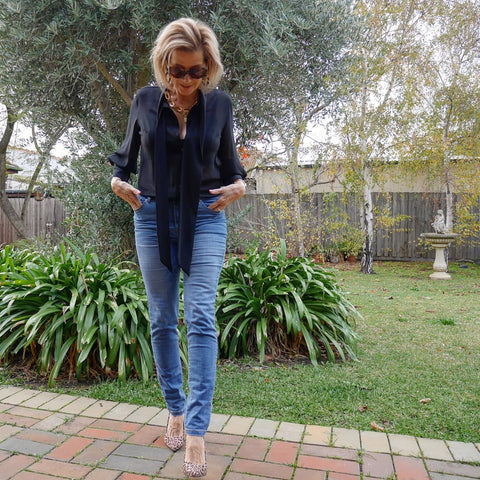 Suzie wearing our SYTL Raelene Jeans in a mid wash denim