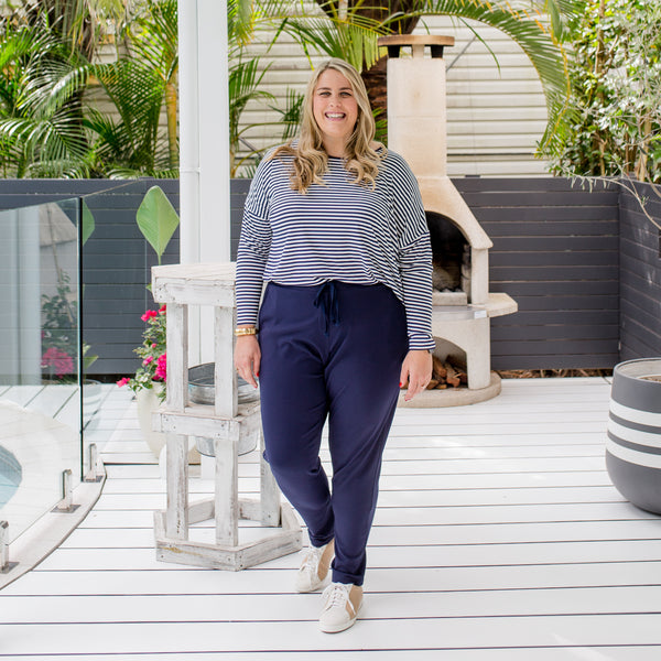 Jess in our Steph long sleeve relaxed tee (size 20) and our Suzie ponte jogger pant navy (Size 20)