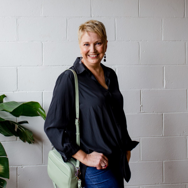 Our size 14 model Susan wearing our Cate technical shirt in black