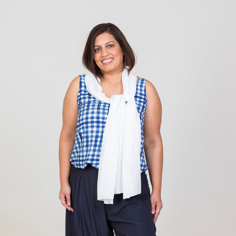 Dianne scarf/wrap - white with Alex Cami - gingham and navy pants
