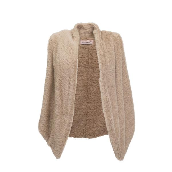 Styling You The Label Jill latte faux fur gilet