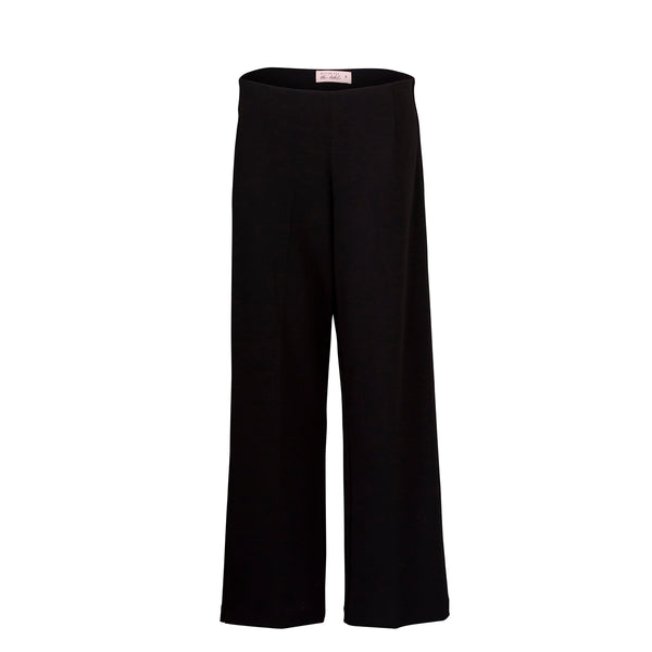 Laura side zip wide leg pant black mannequin shot.
