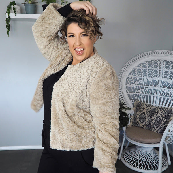 Renee faux fur jacket champagne worn with Sharon relaxed long sleeve tee black and Suzie ponte jogger pant black.