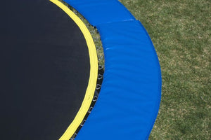 14 Round Medalist Trampoline & Usa Enclosure Package