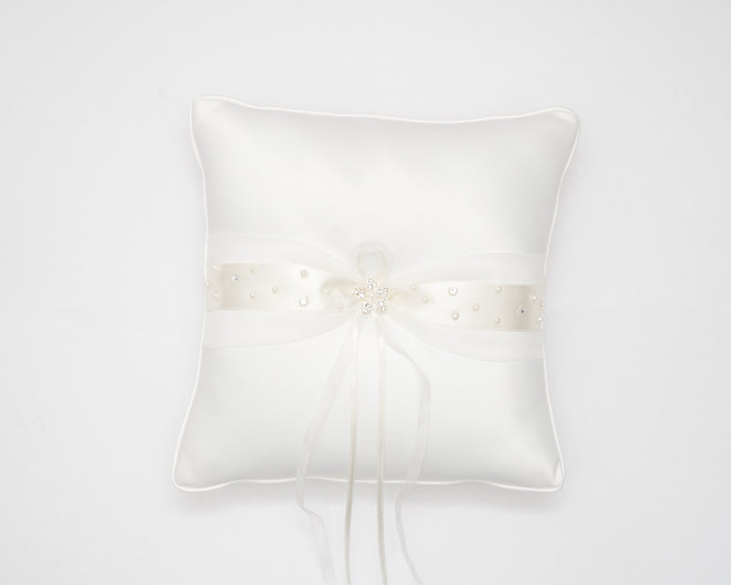 ivory knot-wedding accessories-bridal ring cushion-tara