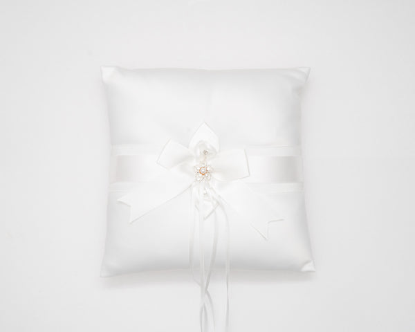 ivory knot-wedding accessories-bridal ring cushion-dorothy