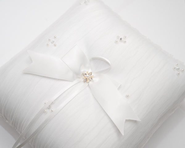 ivory knot-bridal accessories-wedding ring cushion-bella
