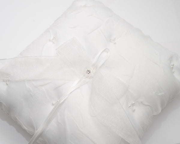 ivory knot-bridal accessories-ring cushions-adelaide