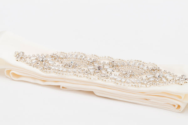 ivory knot-wedding accessories-bridal belt-grace